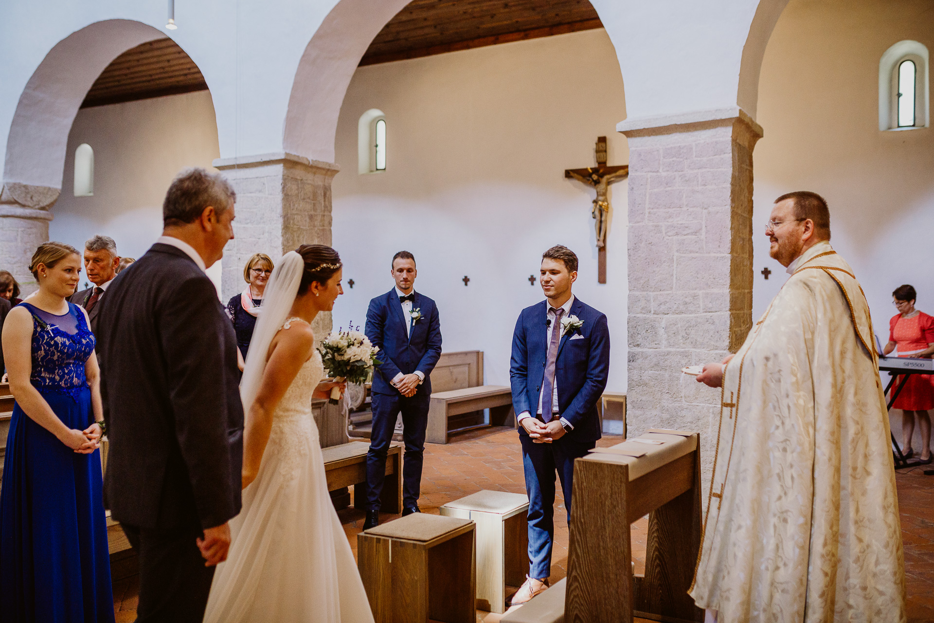 Alexander Utz, Fotografie, Hochzeit, Augsburg, Brautkleid, Brautstrauss-37