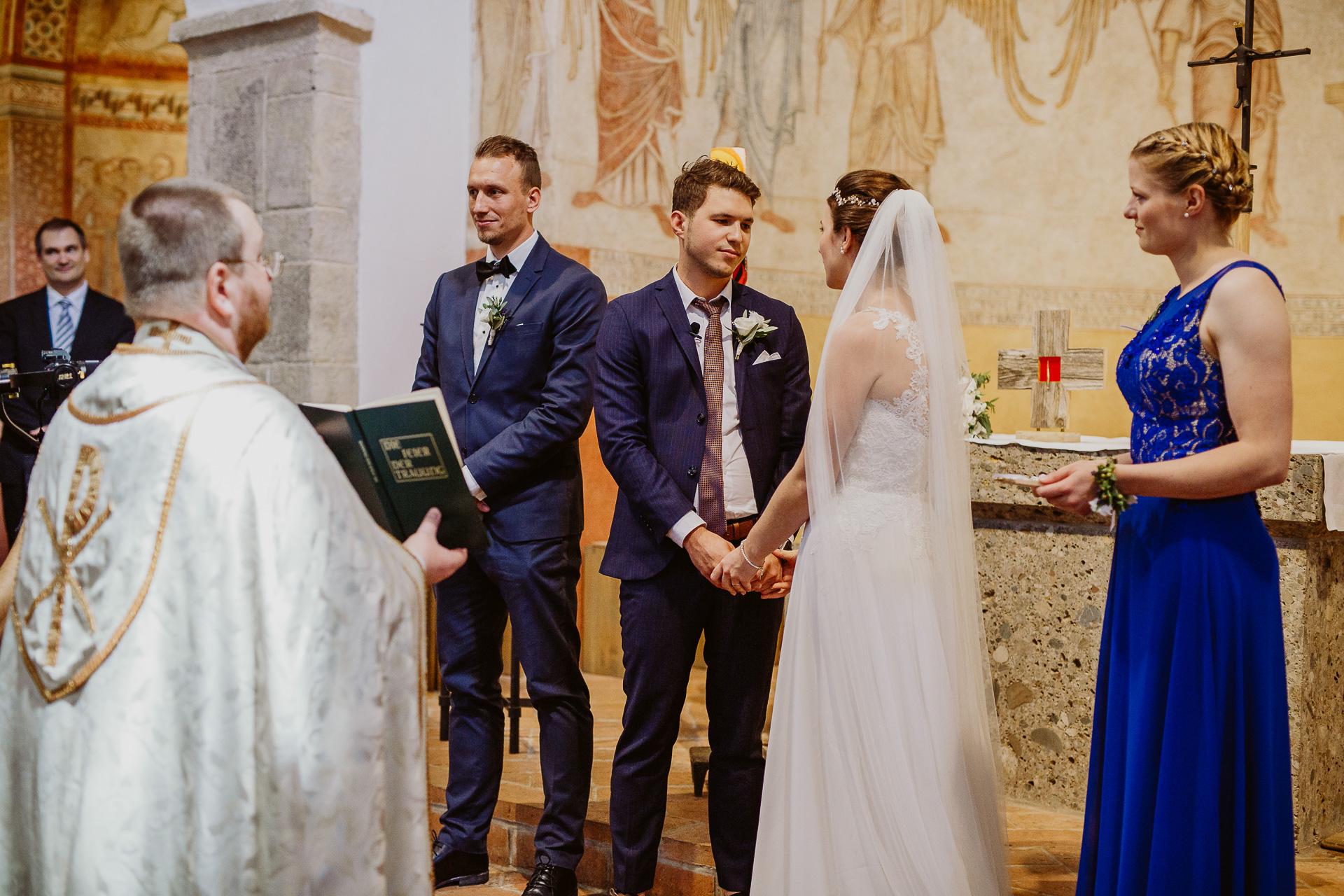 Alexander Utz, Fotografie, Hochzeit, Augsburg, Brautkleid, Brautstrauss-48