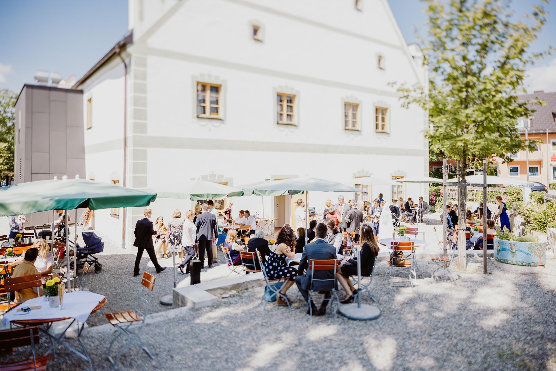 Alexander Utz, Fotografie, Hochzeit, Augsburg, Brautkleid, Brautstrauss-68