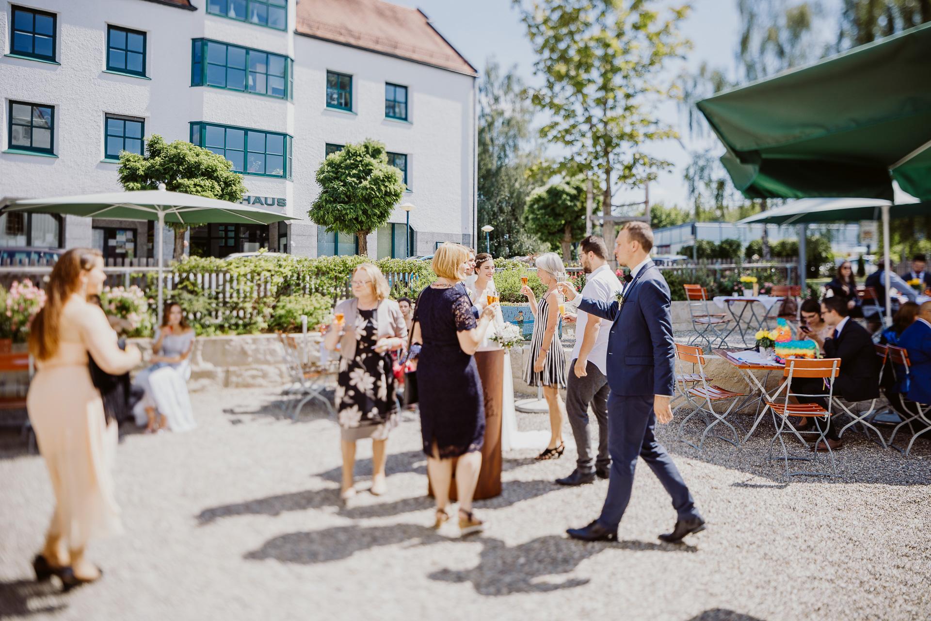 Alexander Utz, Fotografie, Hochzeit, Augsburg, Brautkleid, Brautstrauss-70