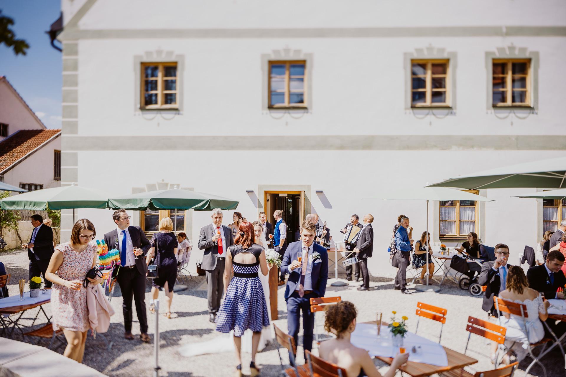 Alexander Utz, Fotografie, Hochzeit, Augsburg, Brautkleid, Brautstrauss-71