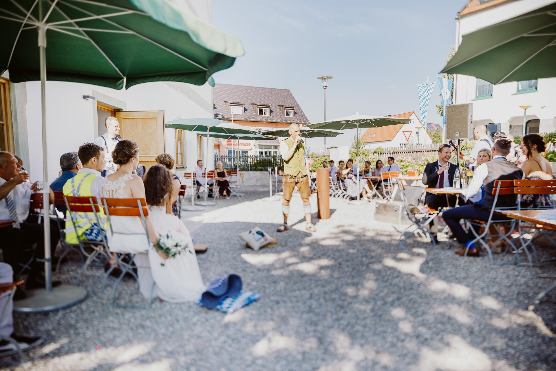 Alexander Utz, Fotografie, Hochzeit, Augsburg, Brautkleid, Brautstrauss-80