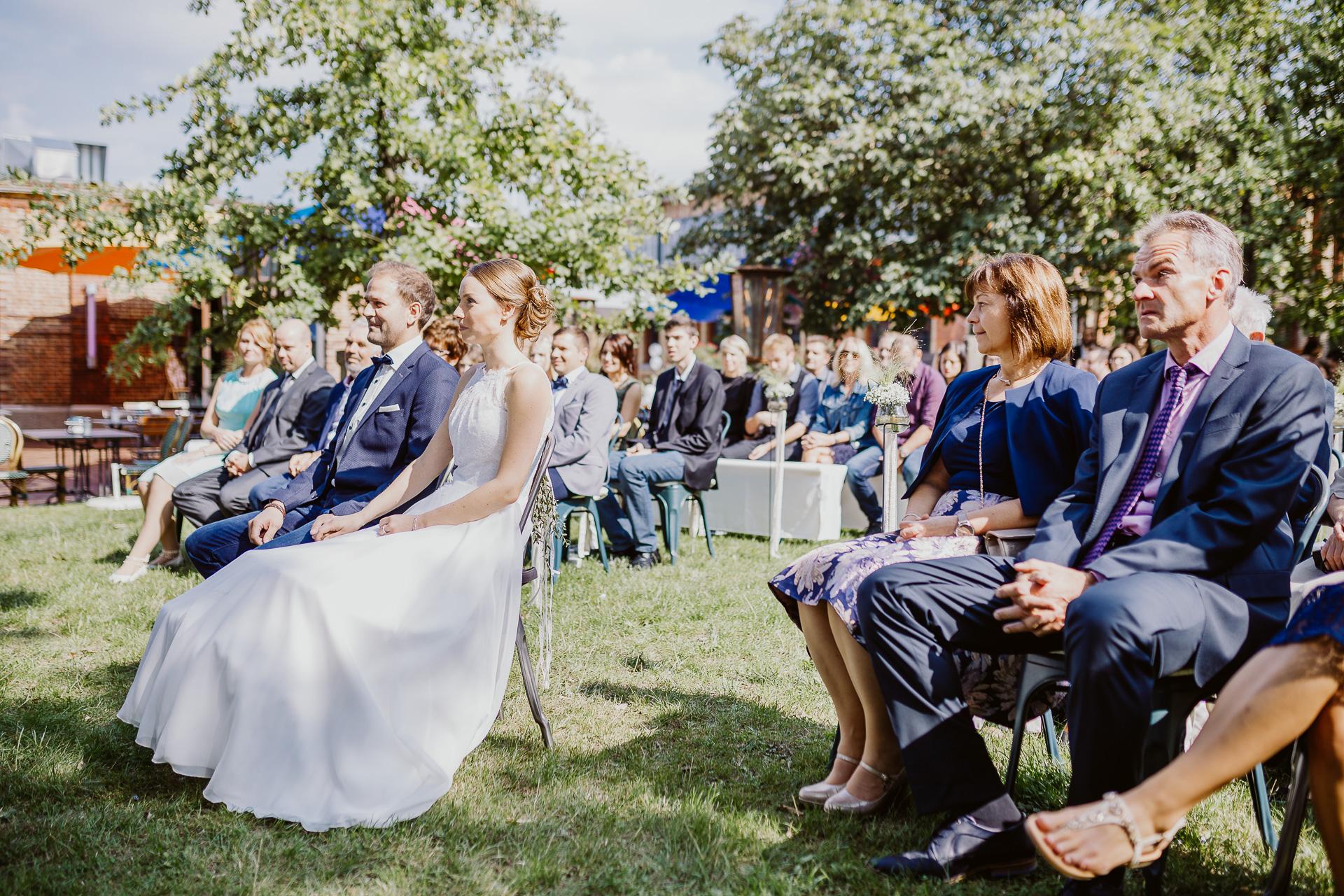 Alexander Utz, Fotografie, Hochzeit, Augsburg, Brautkleid, Brautstrauss-108