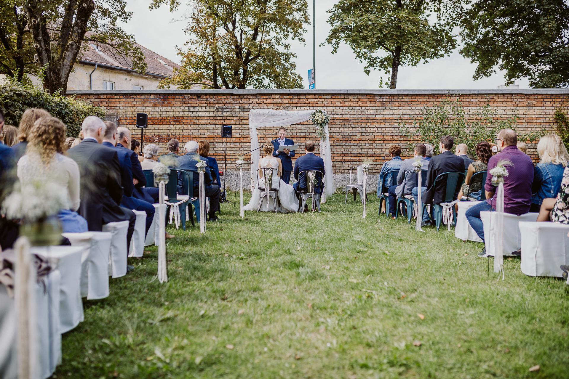 Alexander Utz, Fotografie, Hochzeit, Augsburg, Brautkleid, Brautstrauss-110