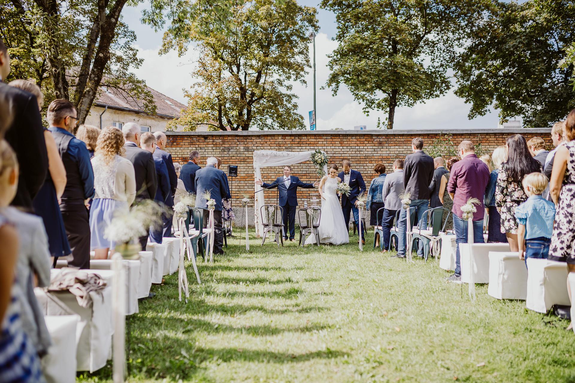 Alexander Utz, Fotografie, Hochzeit, Augsburg, Brautkleid, Brautstrauss-134