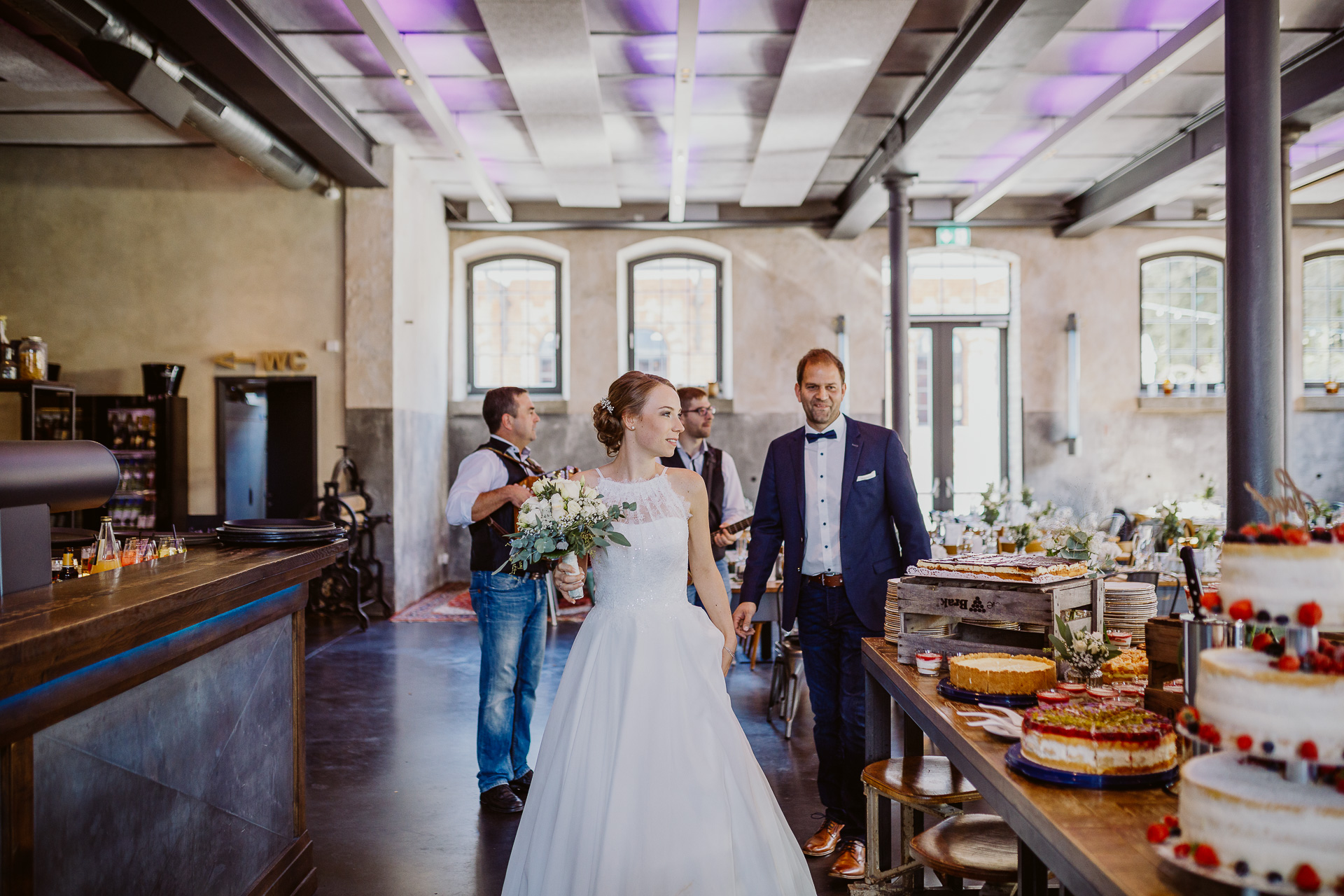 Alexander Utz, Fotografie, Hochzeit, Augsburg, Brautkleid, Brautstrauss-164