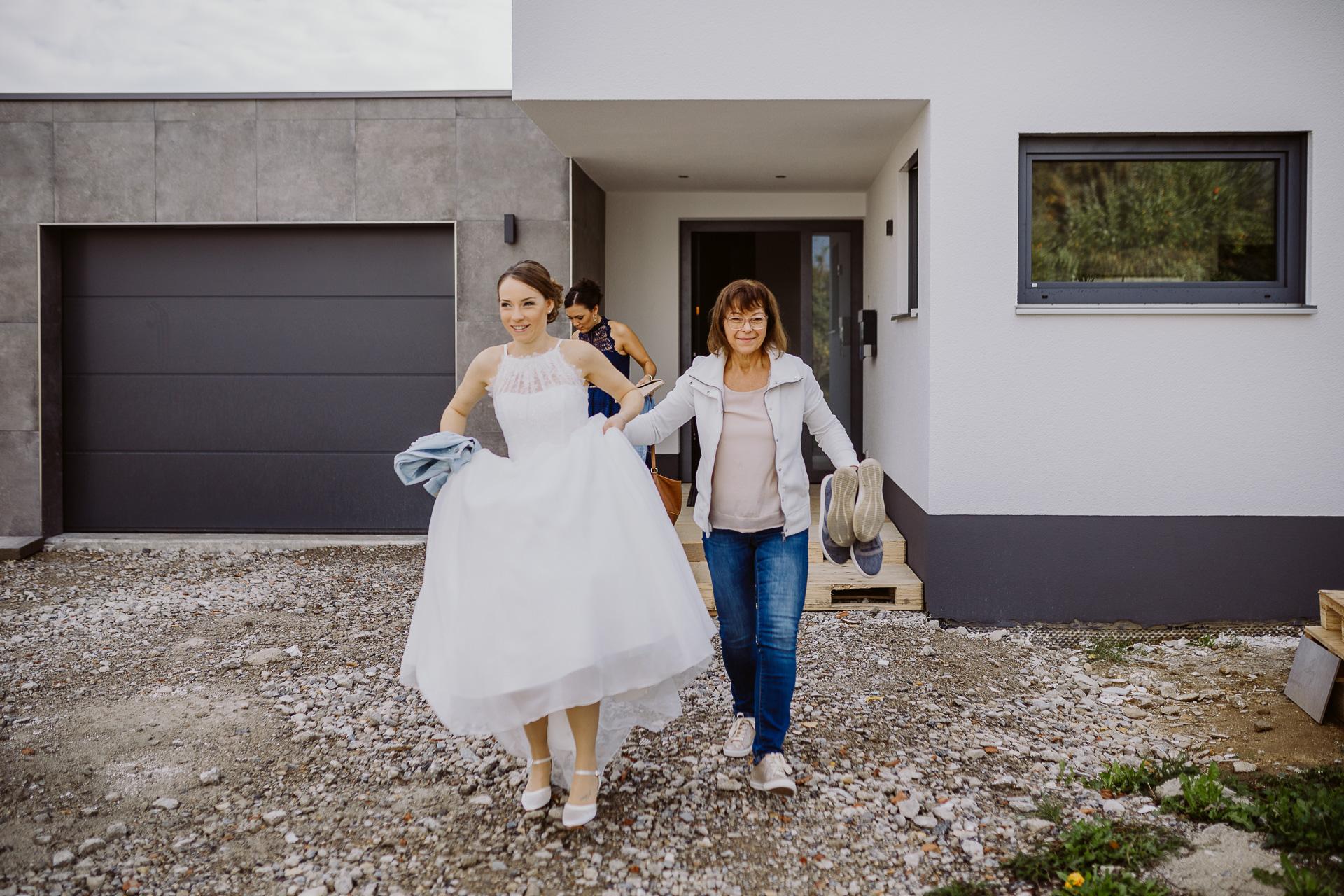Alexander Utz, Fotografie, Hochzeit, Augsburg, Brautkleid, Brautstrauss-24