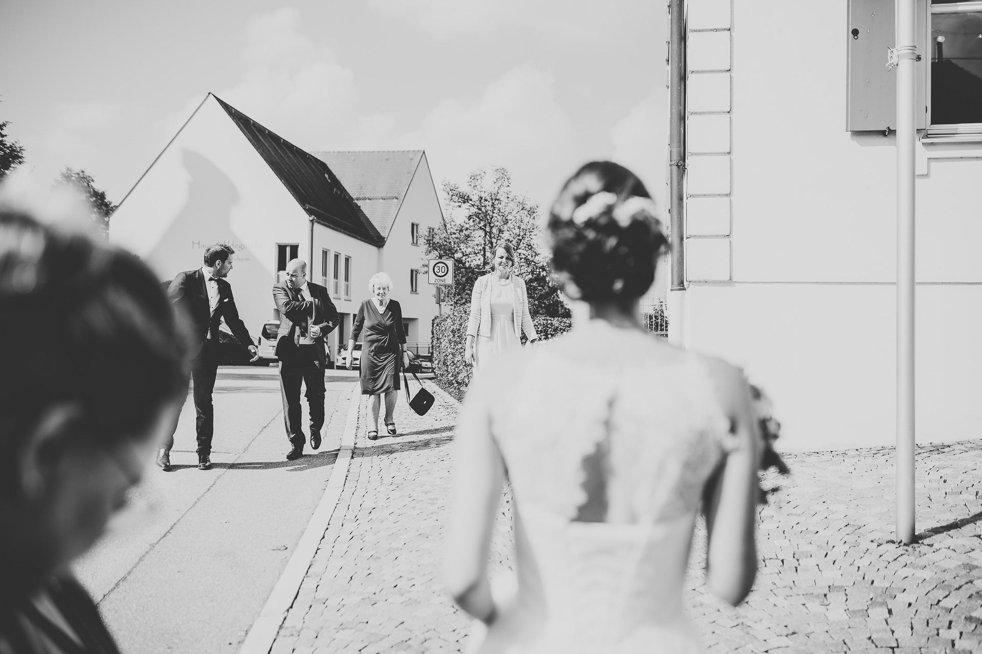 Alexander Utz, Fotografie, Hochzeit, Augsburg, Brautkleid, Brautstrauss-38