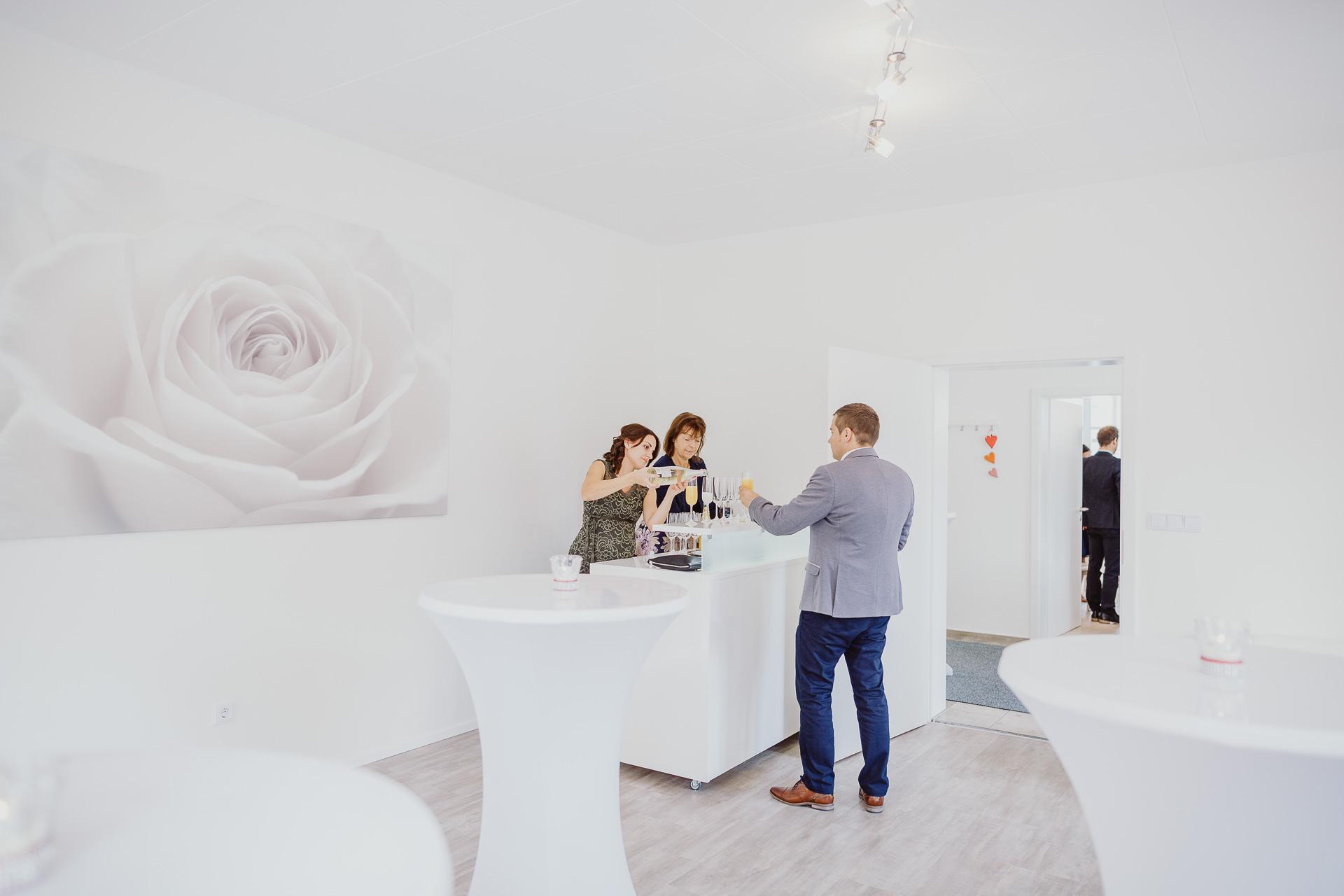 Alexander Utz, Fotografie, Hochzeit, Augsburg, Brautkleid, Brautstrauss-60