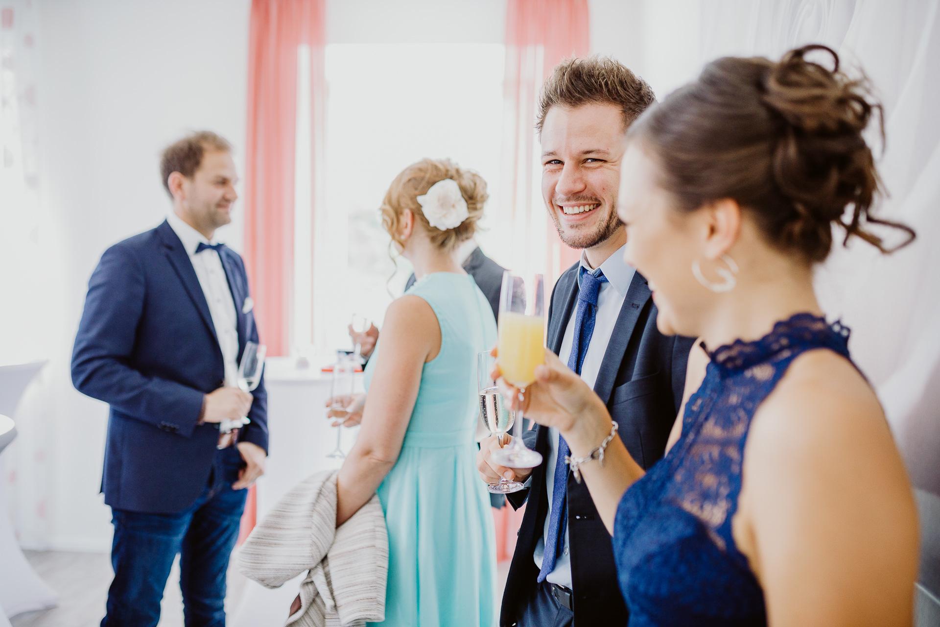 Alexander Utz, Fotografie, Hochzeit, Augsburg, Brautkleid, Brautstrauss-63